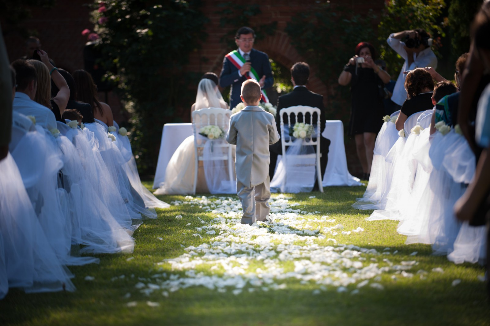 cover-The White Rose Luxury Wedding