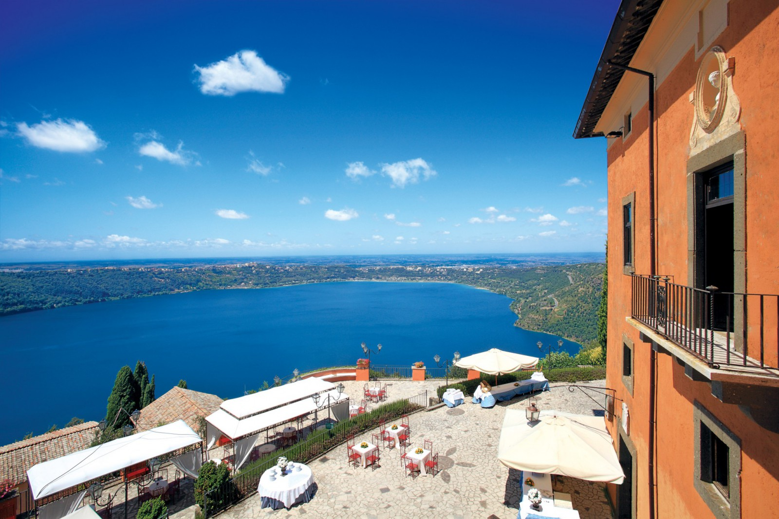 cover-Villa del Cardinale - Hotel Castel Vecchio