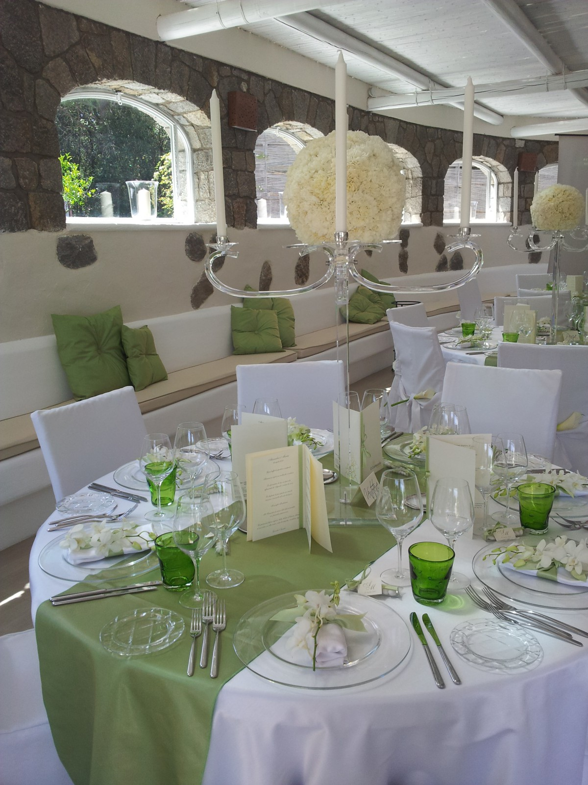 cover-Emozioni Wedding & Events di Stefania Silvestro