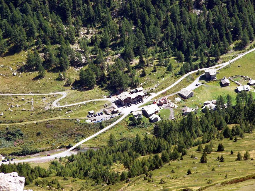 cover-Baita di montagna e hotel di charme La Jolie Bergère