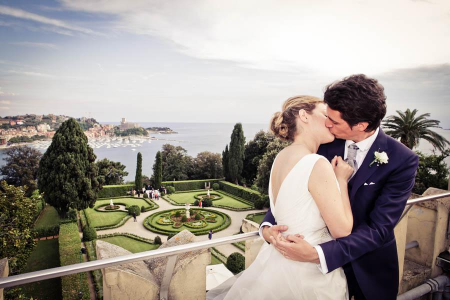 cover-Click E Chic Wedding Photo Shoot
