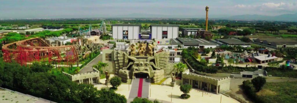 cover-CINECITTA' WORLD Il Parco divertimenti del Cinema e della televisione