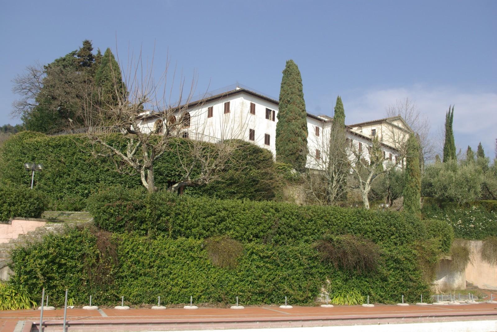 cover-Antico Convento Park Hotel et Bellevue