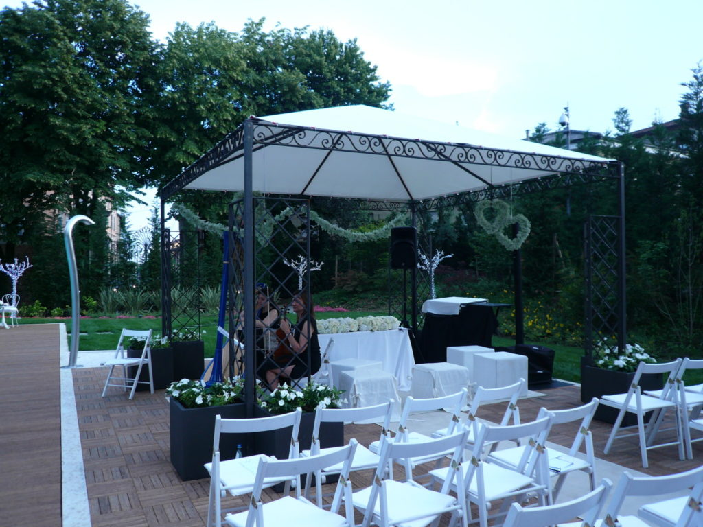 cover-WHITE TULIPA LUXURY WEDDING & EVENTS