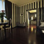 Black Suite Regency