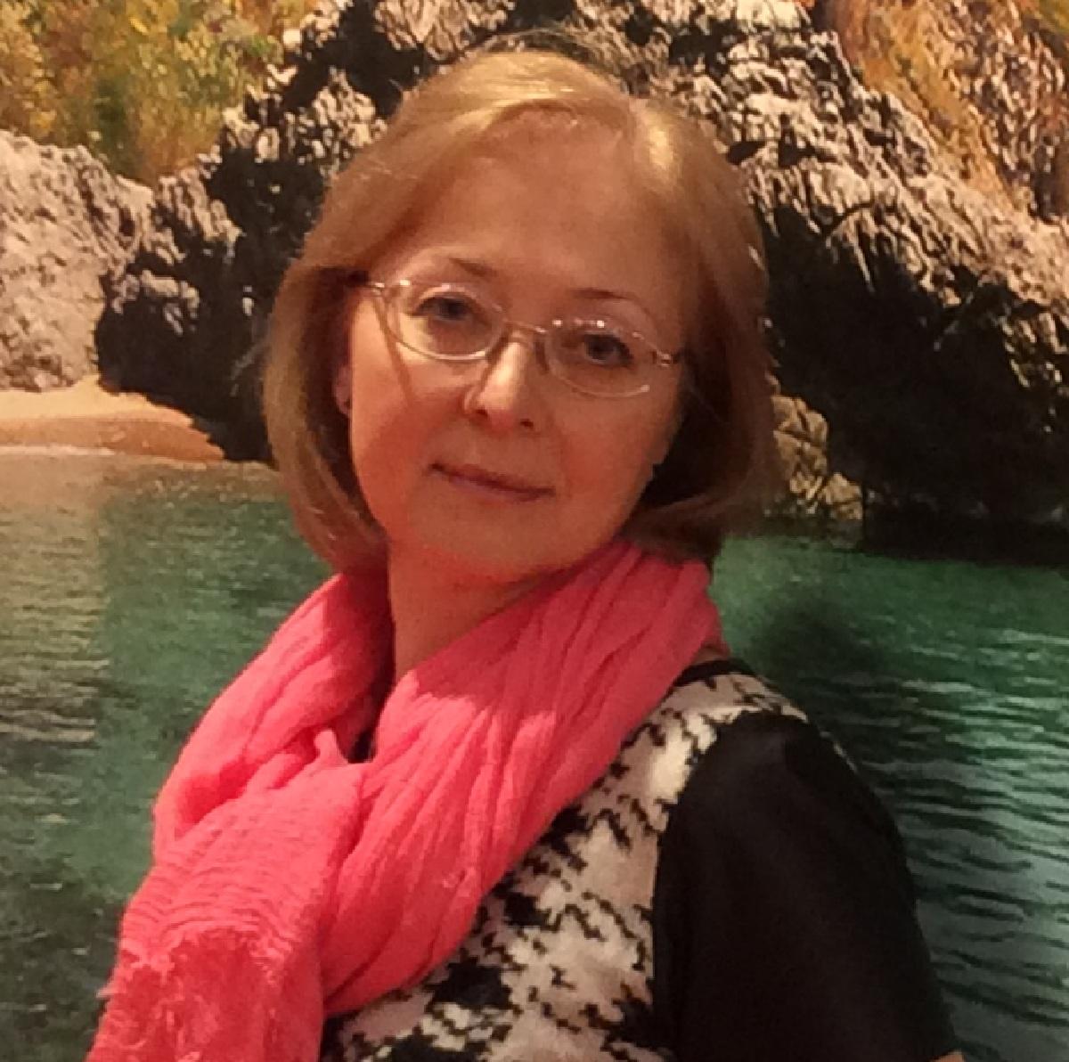 Elena Grankova - profile image