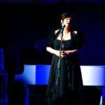 piano scenico luce blu serata di gala