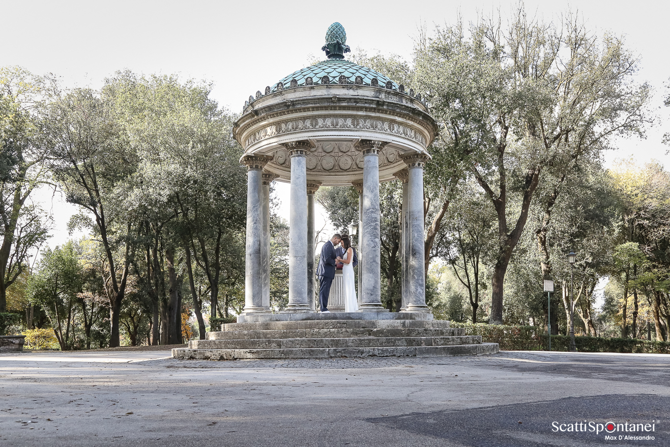 cover-Scatti Spontanei