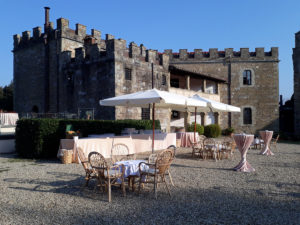 cover-Getting married in Tuscany with Party4all