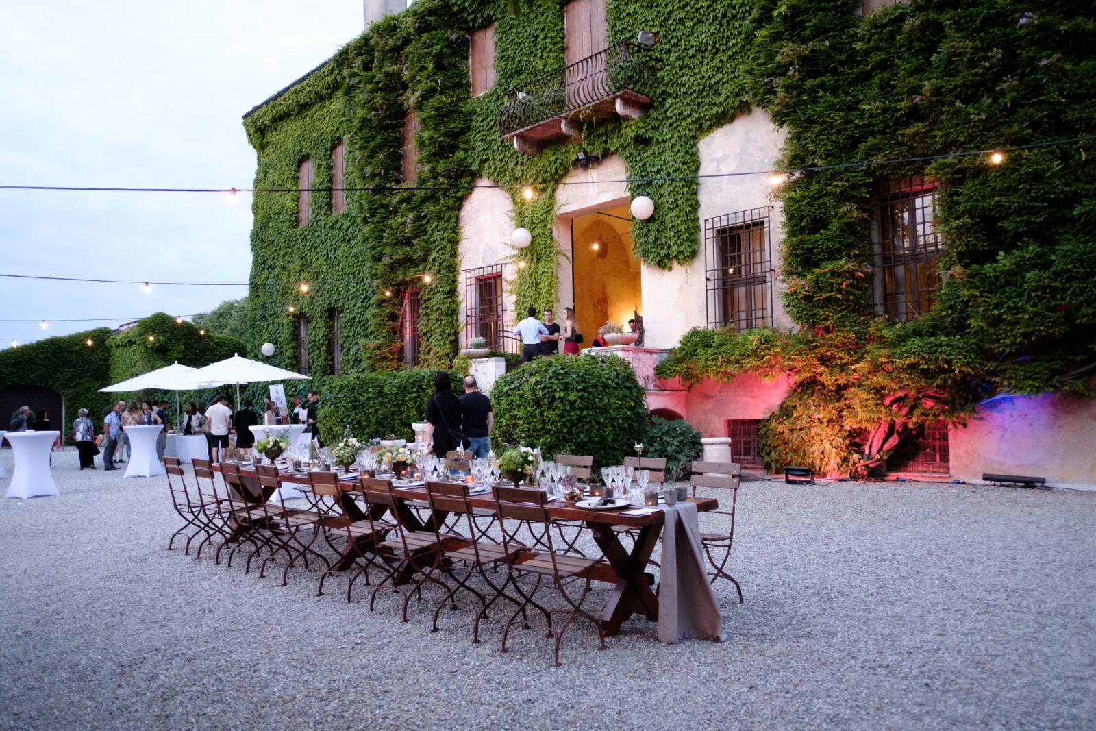 cover-Villa Schiarino Lena