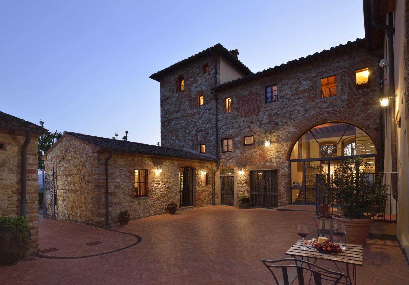cover-Borgo Antico Casalbosco