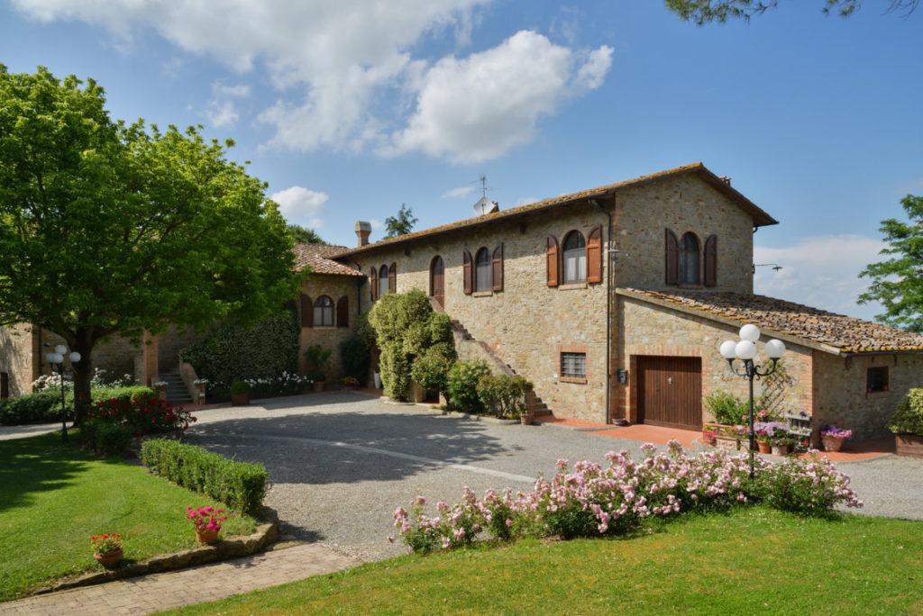 cover-Villa Ostignano